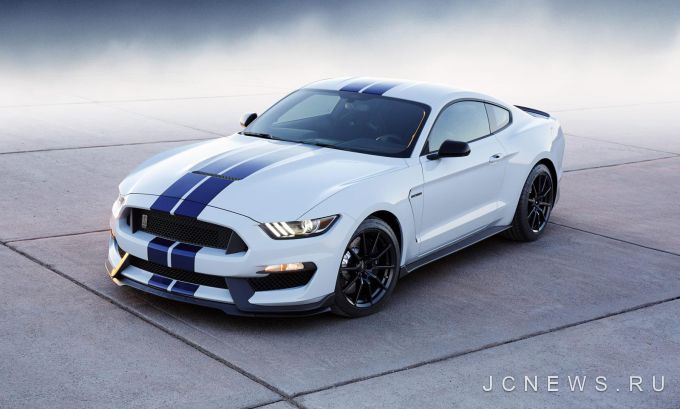 Ford дразнит новым Shelby GT350 Mustang